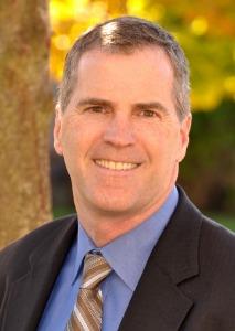 Dr. Steven  Hunt