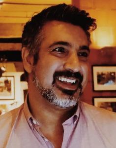 Paul  Khanna